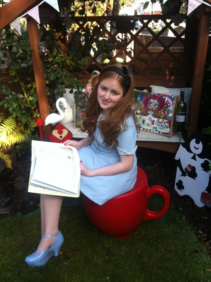 Alice in Fashion Wonderland: Read for the Blind RNIB Campaign