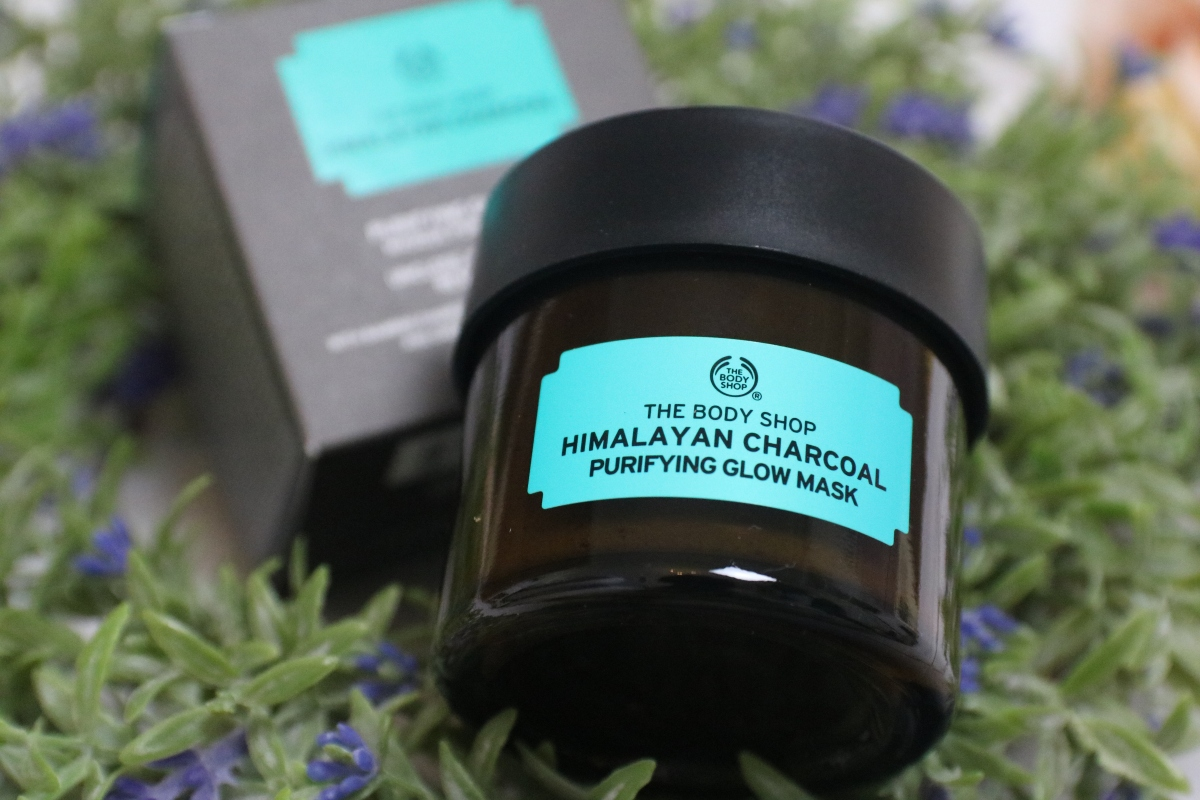 The Body Shop Himalayan Charcoal Purifying Glow Mask: Review